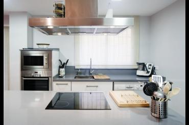 Servicios encimeras mv valencia cocinas modernas for Cocinas modernas valencia